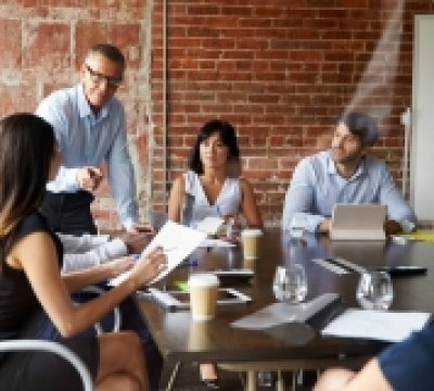 The Inter-Cultural Manager: Directing and Delegating